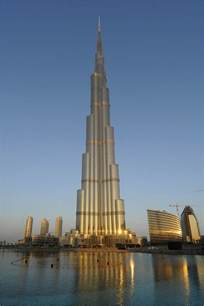 Building In Dubai Dubai Tower Beat All Towers Cool Photos Images 2012 World