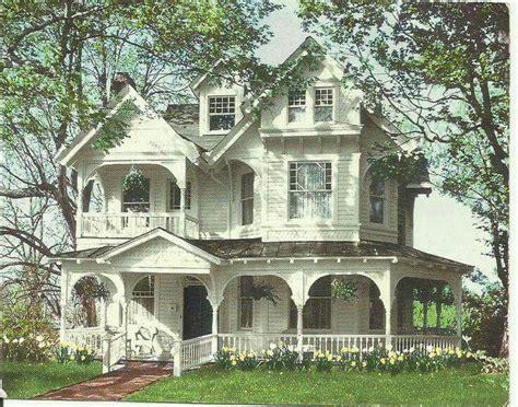 victorian farmhouse style best 25 victorian farmhouse ideas on pinterest
