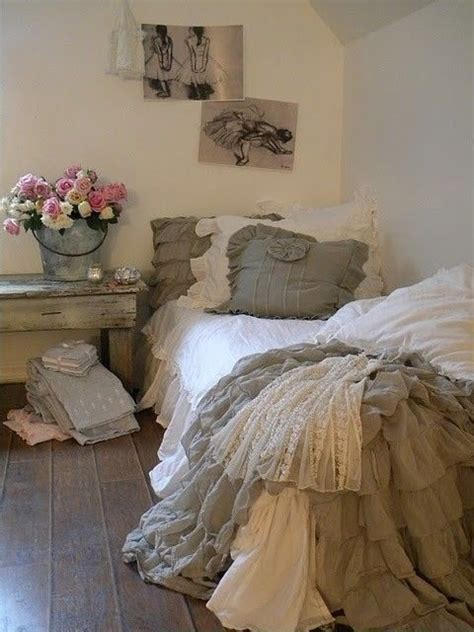 shabby chic guest bedroom rustic shabby chic rooms guest room shabby chic city