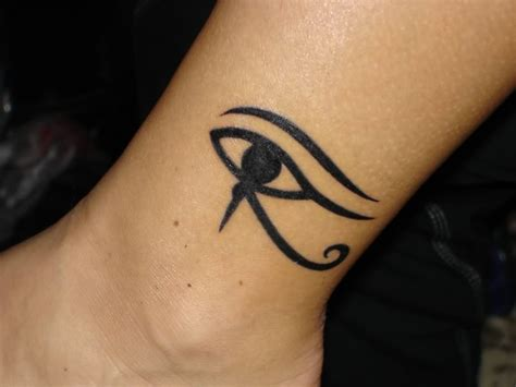 tattoo eye leg horus eye tattoo images designs
