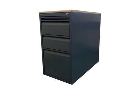 lista cassettiere tavoli cassettiere mobili
