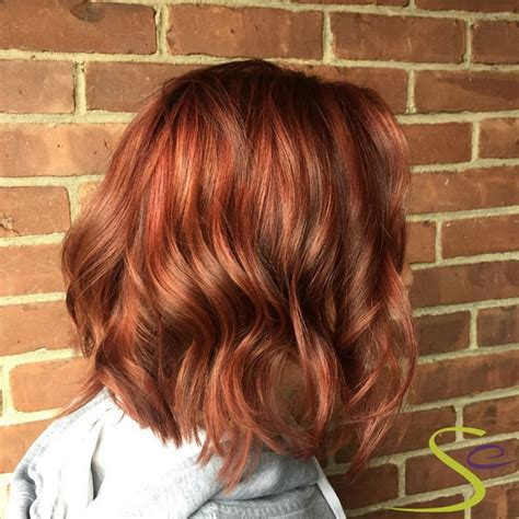 pictures of bob haircuts with blonde foil on brown hair 25 best ideas about curling hair with foil on pinterest