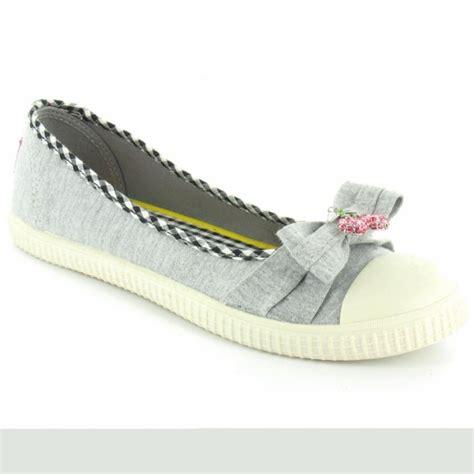 rocket flat shoes rocket snackie womens kitsch flat cherry pumps grey