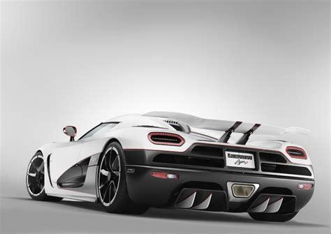 Koenigsegg Agera R Fastest Car In The World World S Fastest Car Koenigsegg Agera R Article