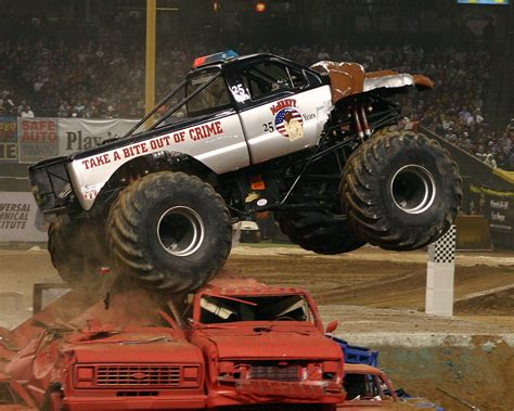 how long is monster truck jam monster jam wikipedia