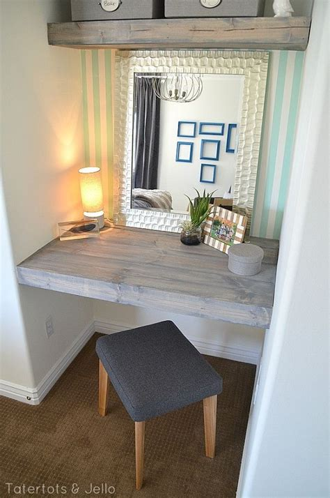 Closet Vanity Ideas by 25 Best Ideas About Closet Vanity On Necklace