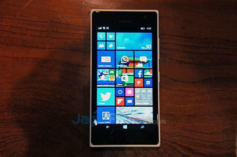 Tongsis Lumia microsoft perkenalkan lumia 730 di indonesia jagat review