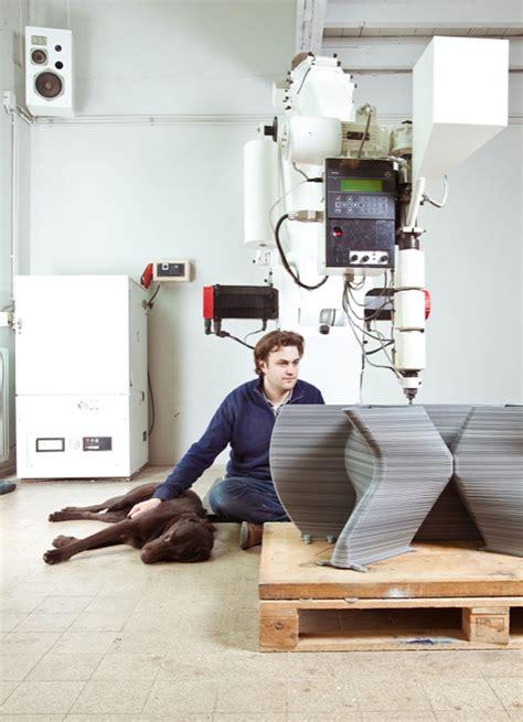An With Dirk Vander Kooij Endless Chair By Dirk Der Kooij The Method