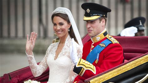 Wedding Cake Kate Middleton by You Can Now Buy A Slice Of Prince William And Kate