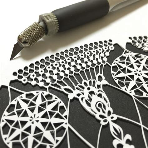 Paper Cutting Craft Work - japanese artist cuts insanely detailed paper