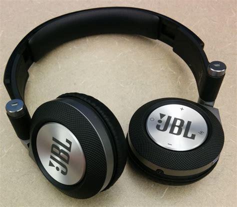 Headphones Jbl E40bt jbl synchros e40bt bluetooth headphones review rickycadden