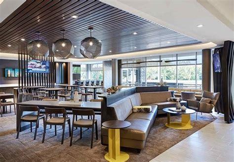 springhill suites  marriott cleveland independence