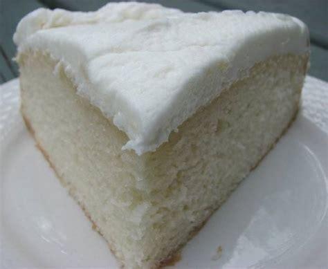 White Almond Wedding Cake ? Easy Recipes