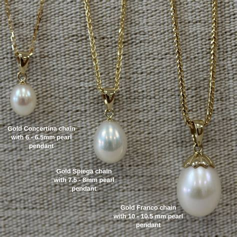 pearl gold pendants in 3 different sizes, with or without