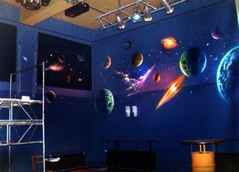 Kinderzimmer Junge Weltraum by Airbrush Wandgestaltung Und Airbrush Wandbemalungen