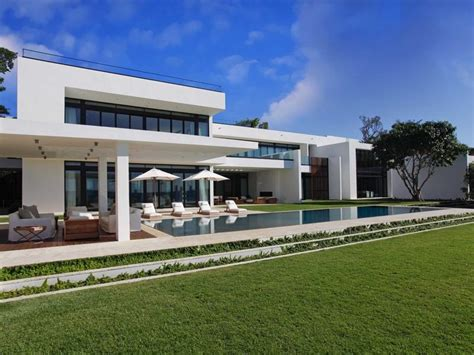 florida modern homes a superb modern home in miami beach florida