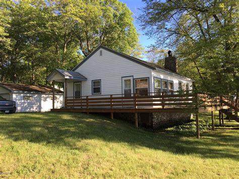Lake Miltona Cabins For Sale by 12742 E Lake Miltona Drive Ne Miltona Mn 56354 Mls 10