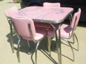 Pink Kitchen Table And Chairs Dinette Set Kitchen Kitsch