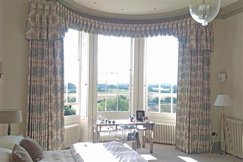 curtains for round bay windows curved bay window pelmet curtains moghul interiors