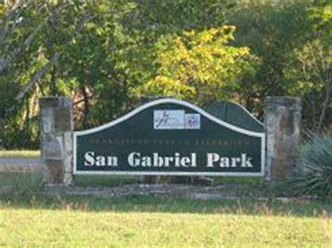 exploring georgetown's san gabriel park