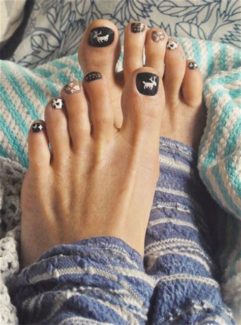 toe nail colors for winter 2014 winter toe nail art designs ideas for girls 2013 2014