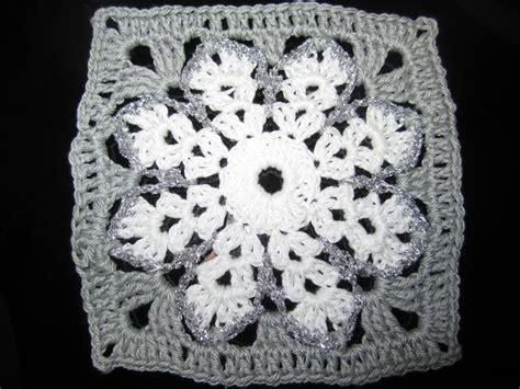 pattern for snowflake granny square snowflake granny square crochet ideas pinterest