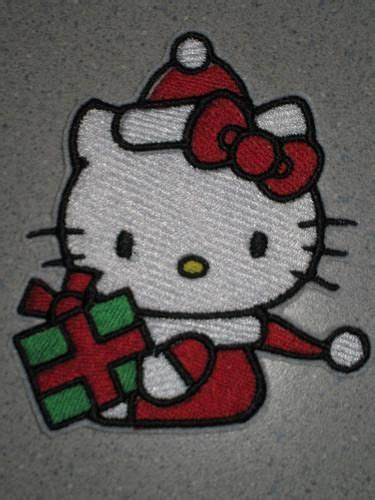 kitty wishes   merry christmas  happy  year   holding  present