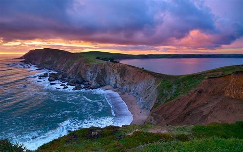 remarkable views of point reyes national seashore green
