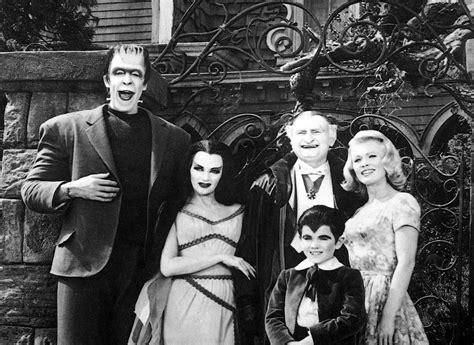 imagenes de la familia herman monster addams monster y collins g 243 tico televisivo para todos