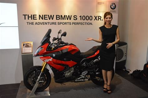 Bmw Motorrad 1000 Xr Zubehör by Bmw Motorrad Launches S 1000 Xr And R 1200 Rs Motorcycles