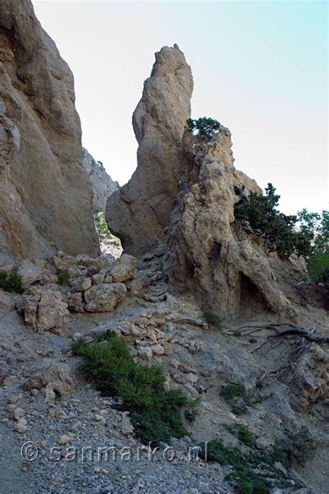 18 Photos Of Rocking The Most Interesting by More Interesting Rock Formations On The Way Back From