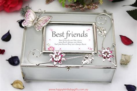 Birthday Gifts For Best Friend by Happy Birthday Gifts For Best Friend Greetings Wishes Images