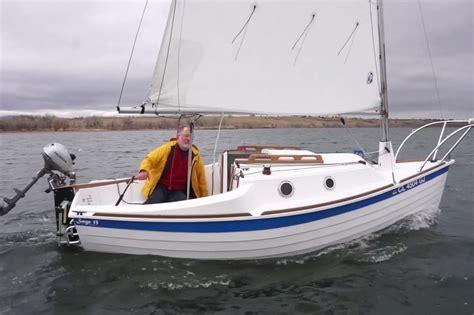 best pontoon boats under 25 feet best daysailers under 20 feet boats