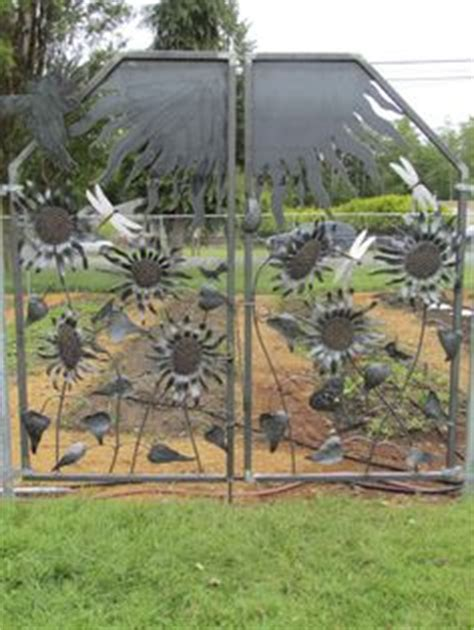Garden Gate Elementary School by 1000 Images About Discovery Metal Creations On