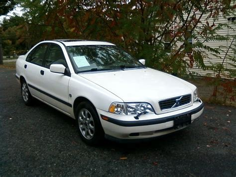 2000 volvo s40 reviews 2000 volvo s40 pictures cargurus