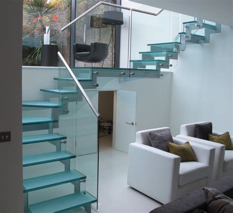 Glass Staircase Design Ideas Beautiful Glass Stair Railing Design Exles To Inspire You Glass Stair Railing