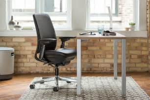 steelcase currency martin desk the clean lines of the currency martin desk by steelcase