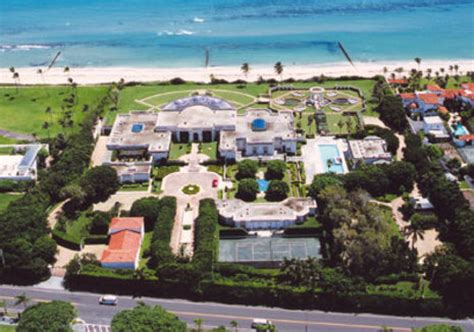 donald trump home for sale the most expensive home in the u s curbly