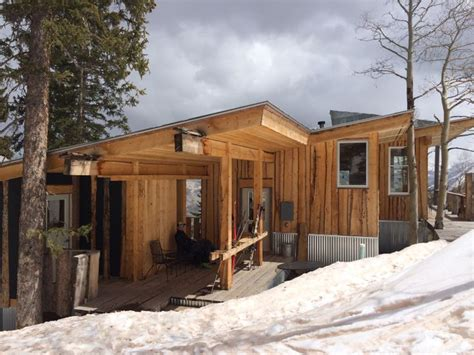 live edge siding maine 17 best images about coc cabins exterior siding on