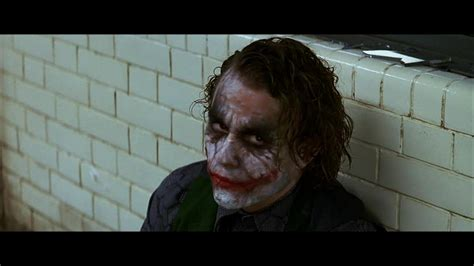 shoots himself in interrogation room 21 things you don t about christopher nolan page 2 of 3 story epic