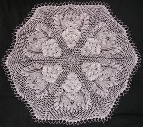 the cromulent knitter burda 198 16 weintrauben by the cromulent knitter burda 198 16 quot weintrauben quot by