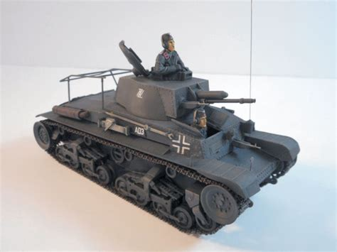 Academy 13313 1 35 Plastic Model Kit Pz Bef Wg 35 T German Command T academy 13313 1 35 pz bef wg 35 t command tank build review