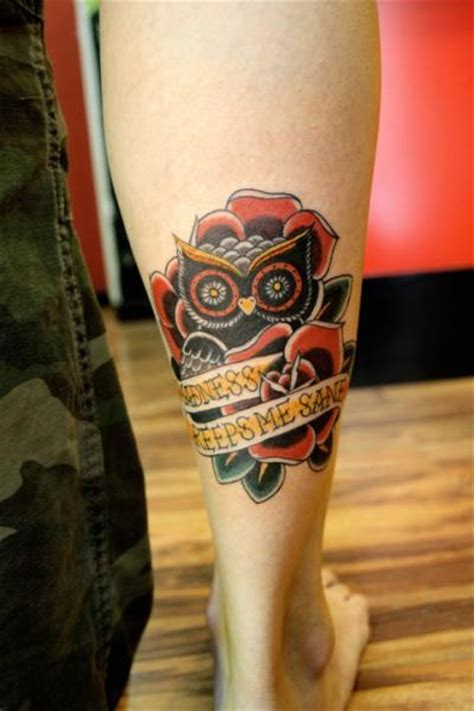 tattoo old school hibou signification tatuagem panturrilha old school coruja por la dolores tattoo