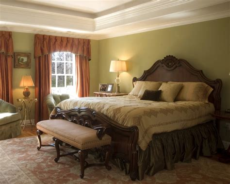 traditional bedroom decor 25 stylish and practical traditional bedroom designs