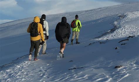 Senter Untuk Mendaki Gunung tips memilih teman untuk mendaki gunung