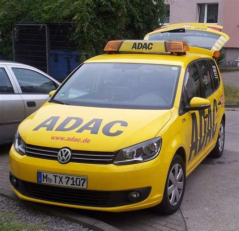Adac Kfz Versicherung Rufnummer by Adac Pannenhilfe Das 214 Rtliche
