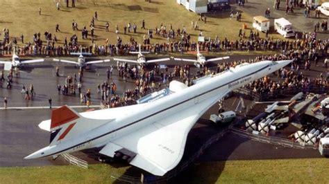 farnborough airshow  axe public weekend business traveller
