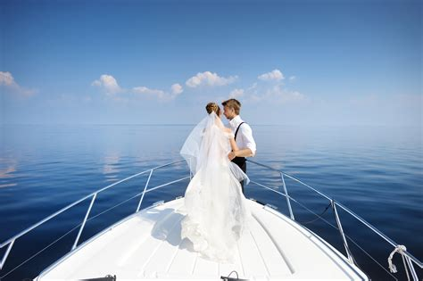 Wedding Yacht by Why Yacht Wedding Remains Special
