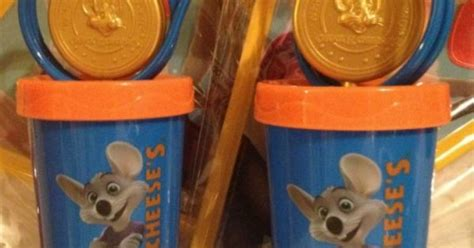 Chuck E Cheese Gift Card Balance - chuck e cheese token drinking cup and gift card chuck e cheese pinterest