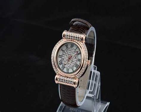 montre cartier femme bracelet cuir